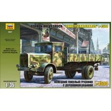 ZVEZDA_3647 Cargo truck L-4500