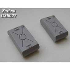 ZEDVAL_D35027 External fuel tanks for the conversion of early-type T-55 models